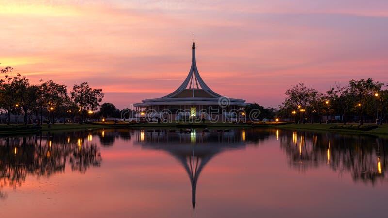Suanluang Rama 9 trädgård royaltyfria bilder