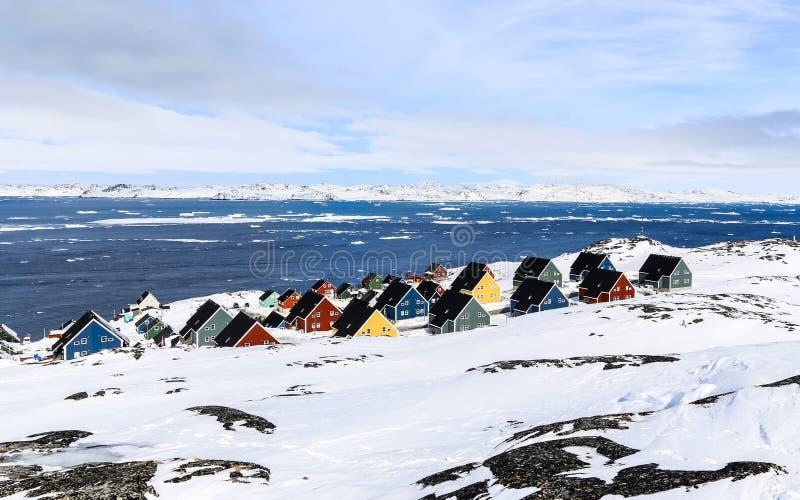 Subúrbio de Colorfuk de Nuuk imagem de stock