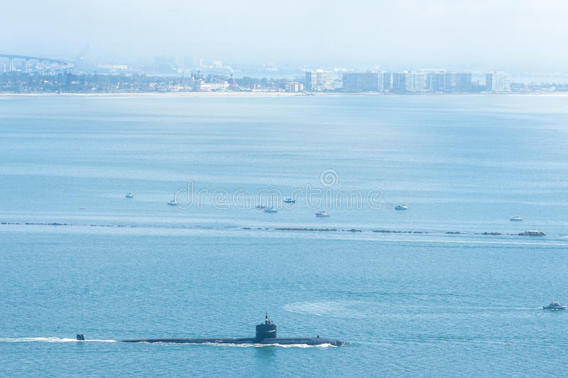 Sub i den San Diego hamnen arkivbild