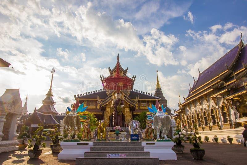 Subdistrict de Inthakhin, Mae Taeng District, Chiang Mai Province, Tailândia do norte em novembro 20,2017: Artes e arquitetura bo foto de stock