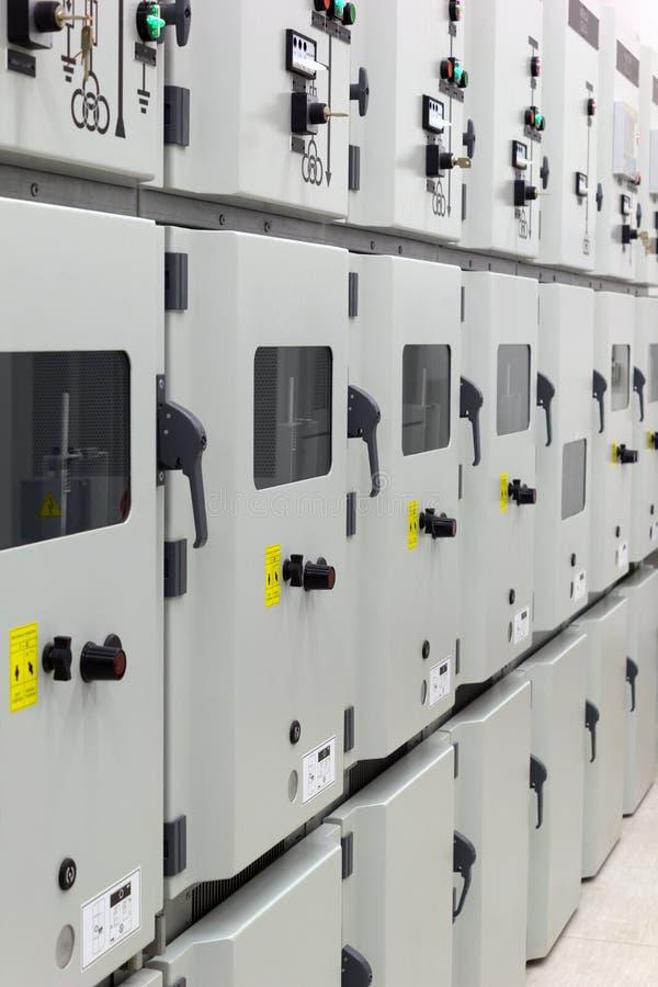 Subestação da distribuição da energia elétrica imagem de stock