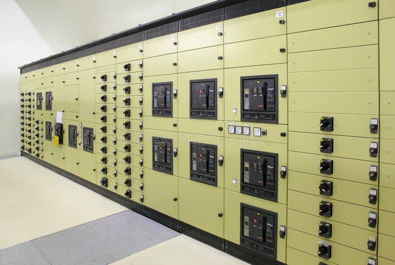 Subestación de la energía eléctrica imagen de archivo libre de regalías