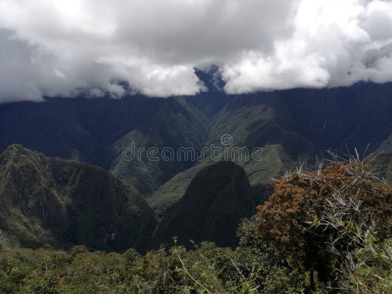 Subida 2 de la montaña del picchu de Machu fotos de archivo libres de regalías