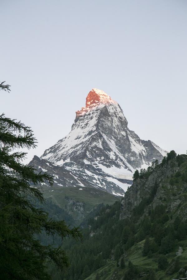 Subida del sol de Cervino de Zermatt fotografía de archivo libre de regalías