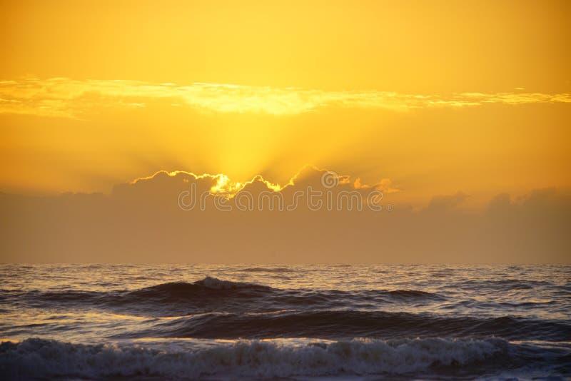 Subida del sol del reloj fotos de archivo libres de regalías