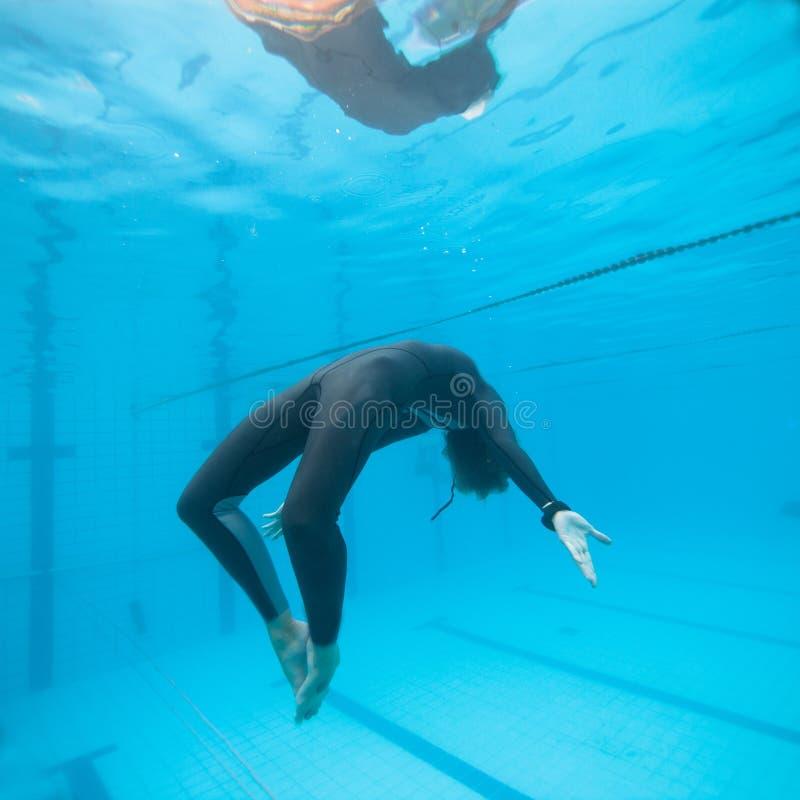 Submarino en una piscina imagen de archivo libre de regalías