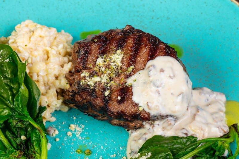 Subordonné grillé de bifteck photo libre de droits