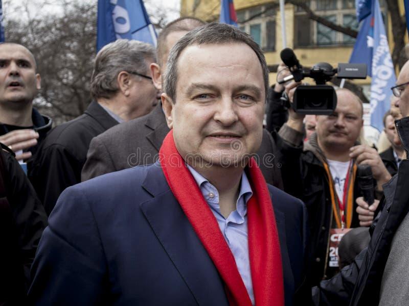 Subotica Serbien - mars 27, 2016: Serbisk minister av utländskt - angelägenheter som Ivica Dacic rymmer ett anförande i ett polit royaltyfri fotografi