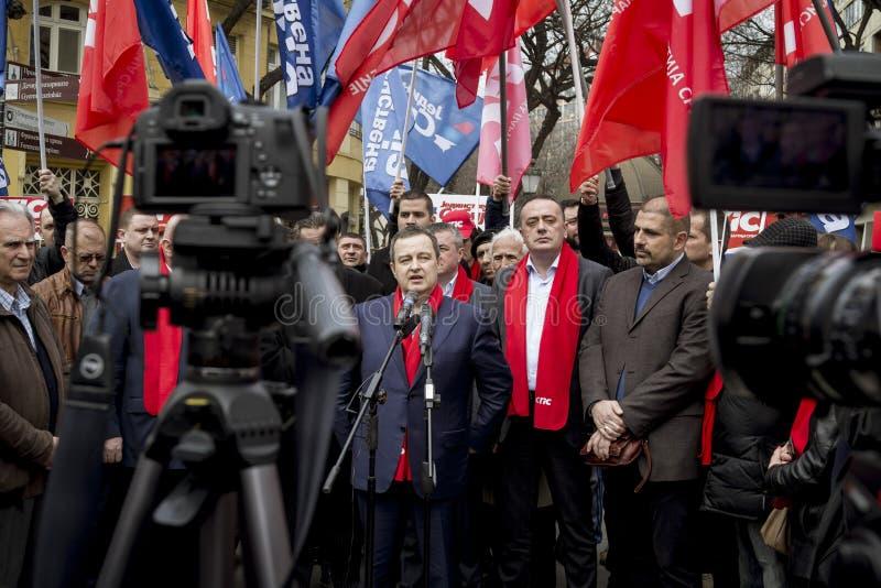 Subotica, Servië - Maart 27, 2016: De Servische Minister van Buitenlandse zaken Ivica Dacic houdt een toespraak in een politieke  stock foto's