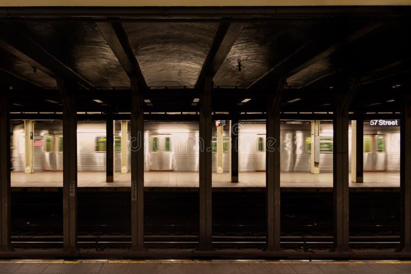 Subterráneo de New York City en la 57.a estación fotografía de archivo libre de regalías