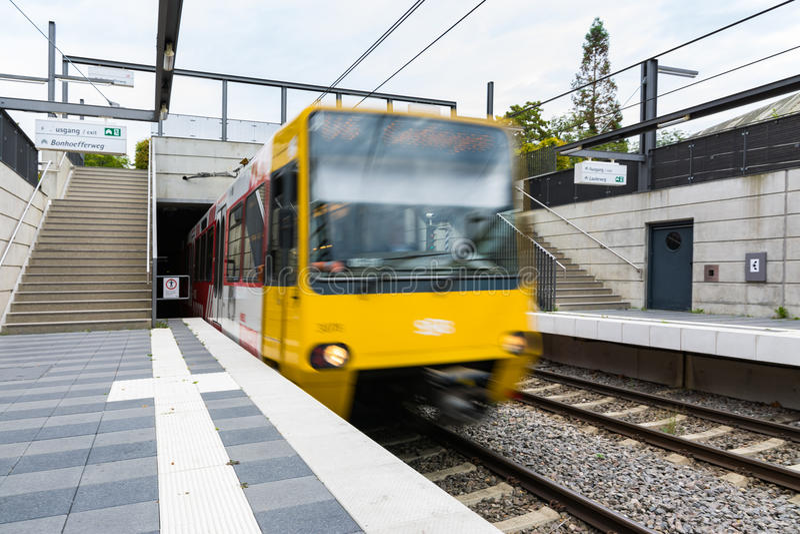 Subterráneo Front Moving Train del transporte público de Stuttgart fotografía de archivo libre de regalías