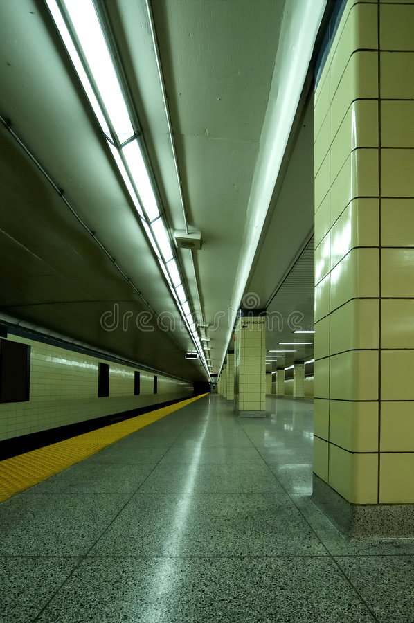 Download Subway Vert stock image. Image of blur, benches, platform - 103859