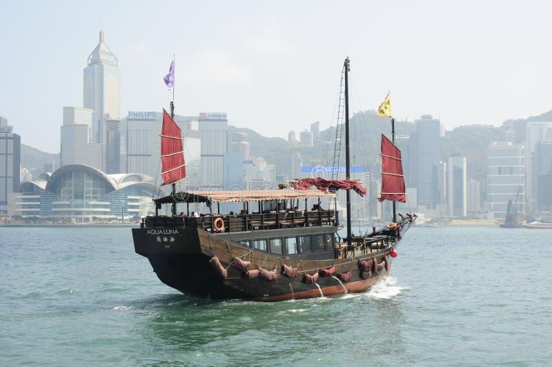 Sucata chinesa no porto de Victoria em Hong Kong imagens de stock royalty free