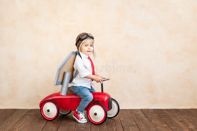 Succes, verbeeldings en innovatietechnologieconcept stock foto
