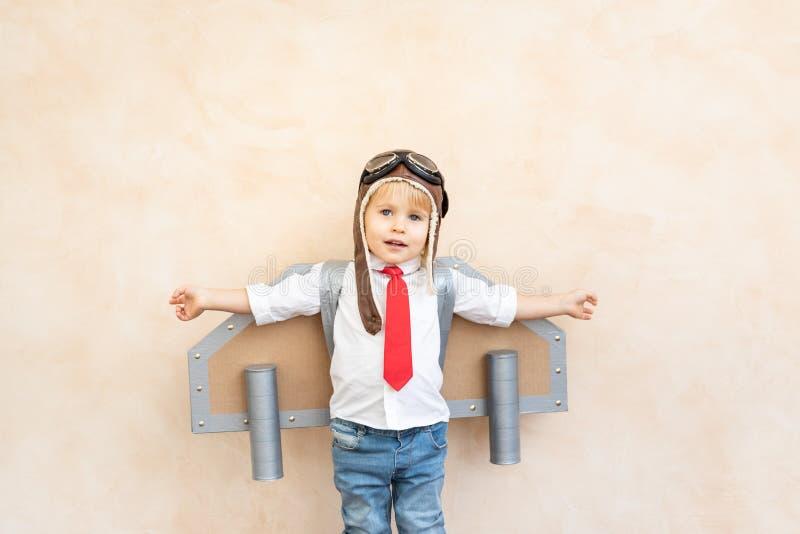 Succes, verbeeldings en innovatietechnologieconcept royalty-vrije stock fotografie