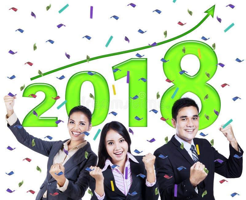 Succesvolle bedrijfsmensen met nummer 2018 royalty-vrije stock foto