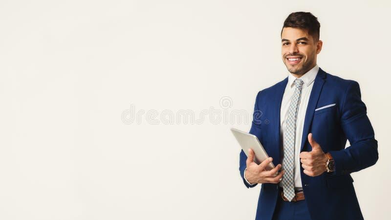 Succesvolle en zekere bedrijfsleider, exemplaarruimte stock foto
