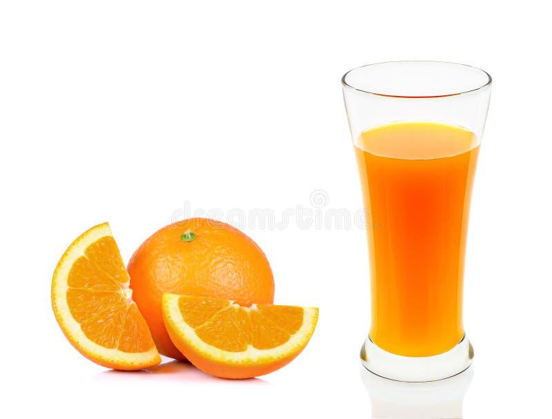 Download Succo D'arancia Di Vetro Isolato Sui Precedenti Bianchi Immagine Stock - Immagine di rinfrescare, bevanda: 55358481