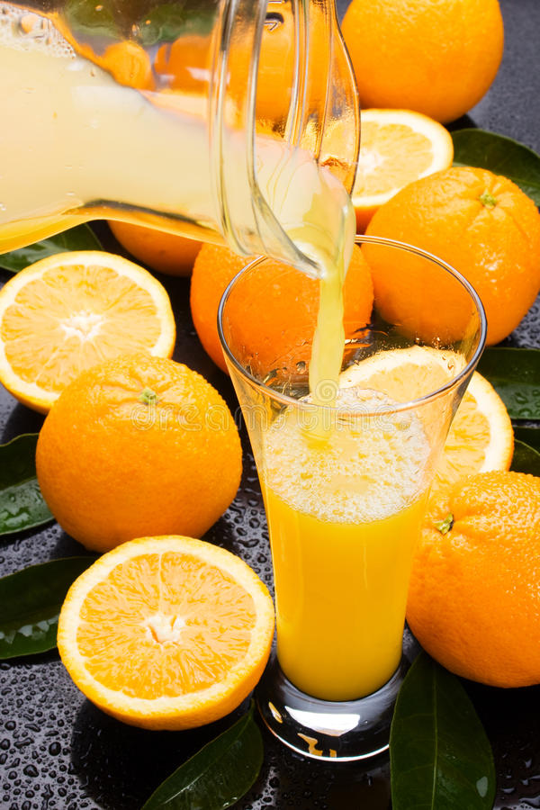 Succo di arancia naturale fotografia stock