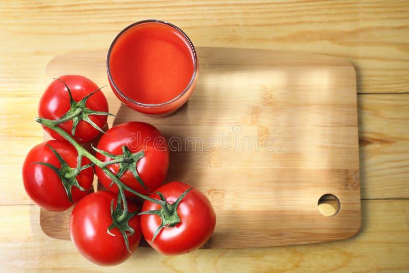 Succo di pomodoro rosso immagine stock