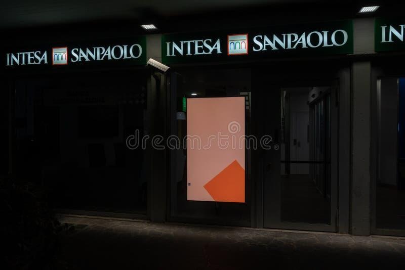 Succursale bancaire d'Intesa Sanpaolo photo stock