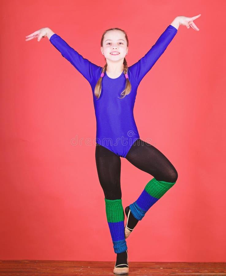 Sucesso Ilustra??o do bailado dancer Atividade da inf?ncia gymnastics Desportista feliz da crian?a Exerc?cio do gym da acrobacia  fotografia de stock royalty free