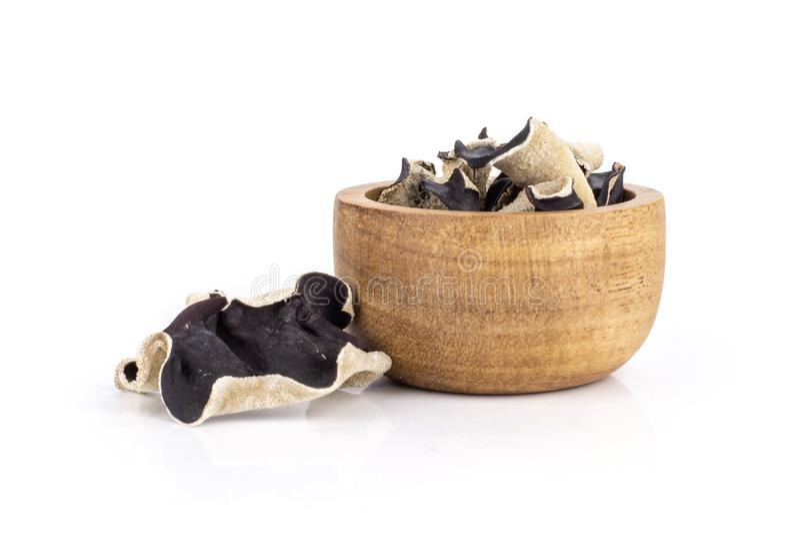 Suchy czerni pieczarki ucho odizolowywający na bielu obrazy royalty free