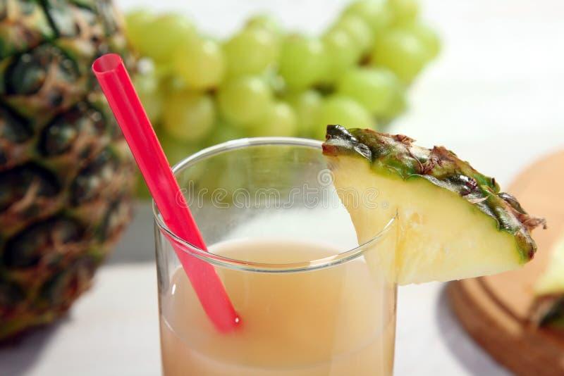 Suco de abacaxi fotos de stock royalty free