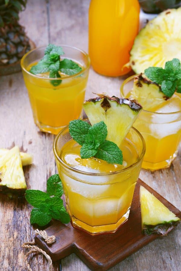 Suco de abacaxi foto de stock royalty free