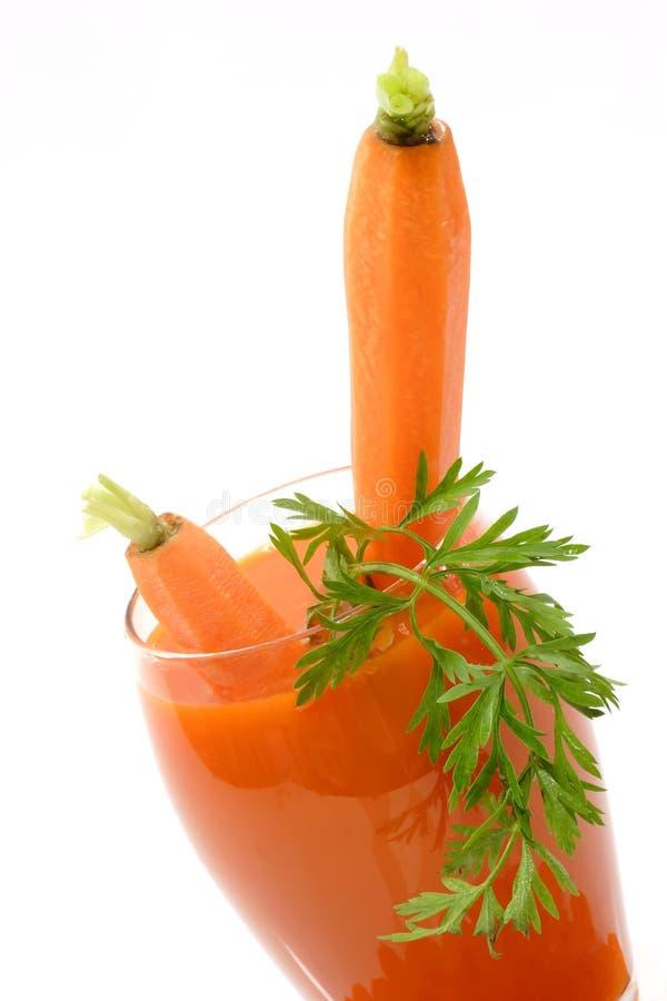 Suco de cenoura fresco imagens de stock