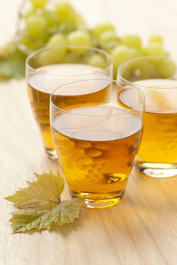 Suco de uva branca fresco fotografia de stock royalty free