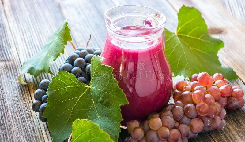 Suco de uva fresco foto de stock