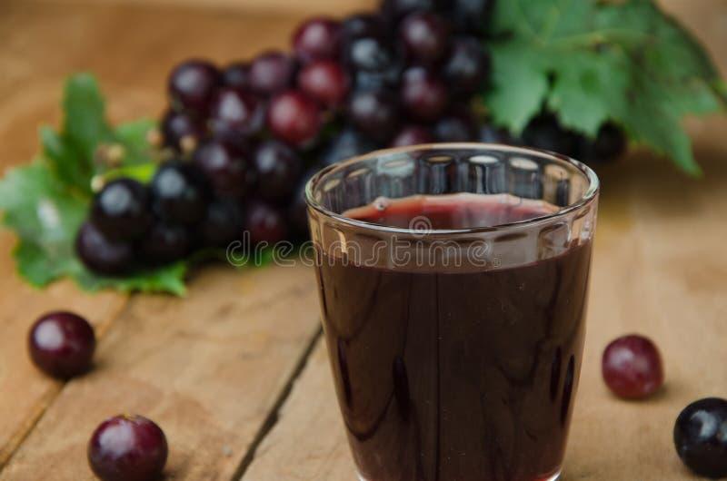 Suco de uvas imagem de stock