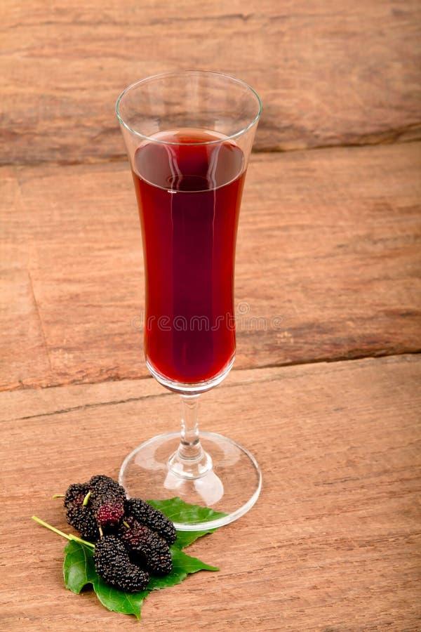 Suco do Mulberry. fotos de stock royalty free