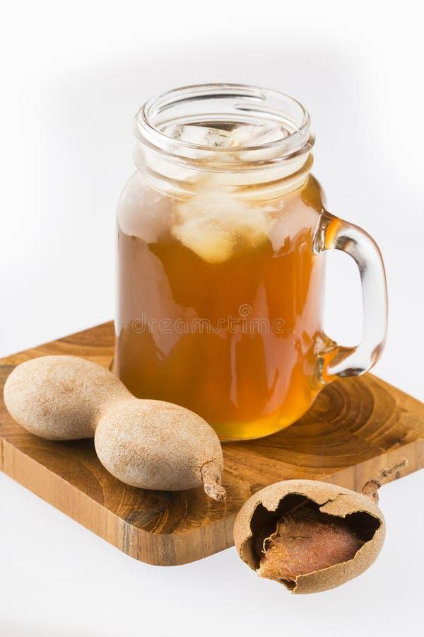 Suco doce delicioso do tamarindo da bebida - Tamarindus indica imagem de stock royalty free