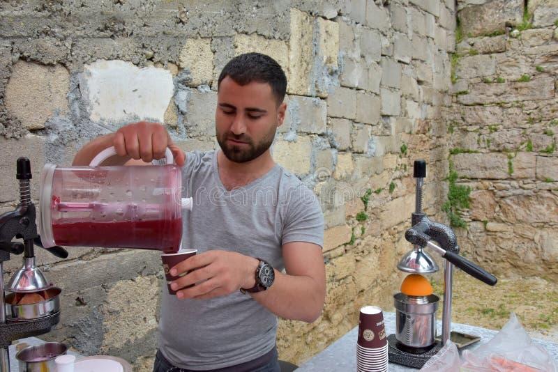 Suco fresco da romã