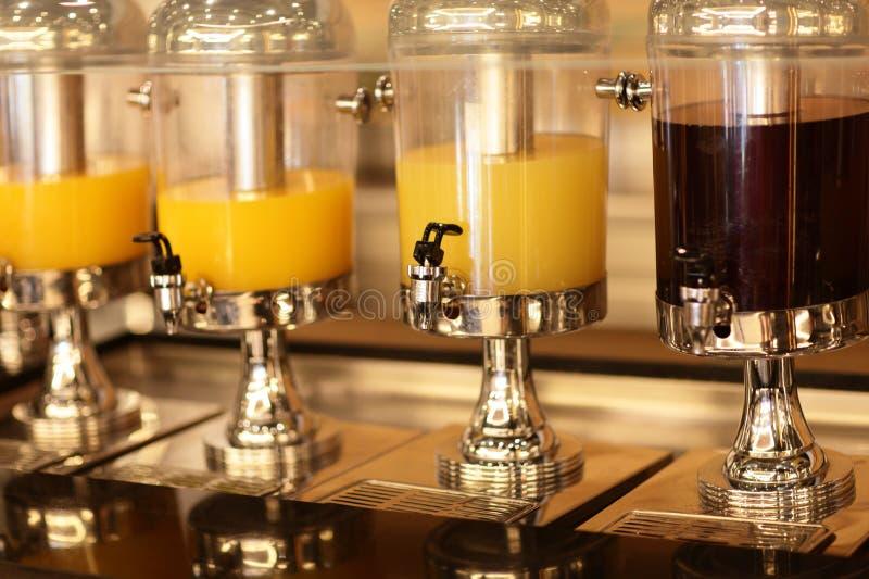 Sucos da laranja e da cereja imagens de stock