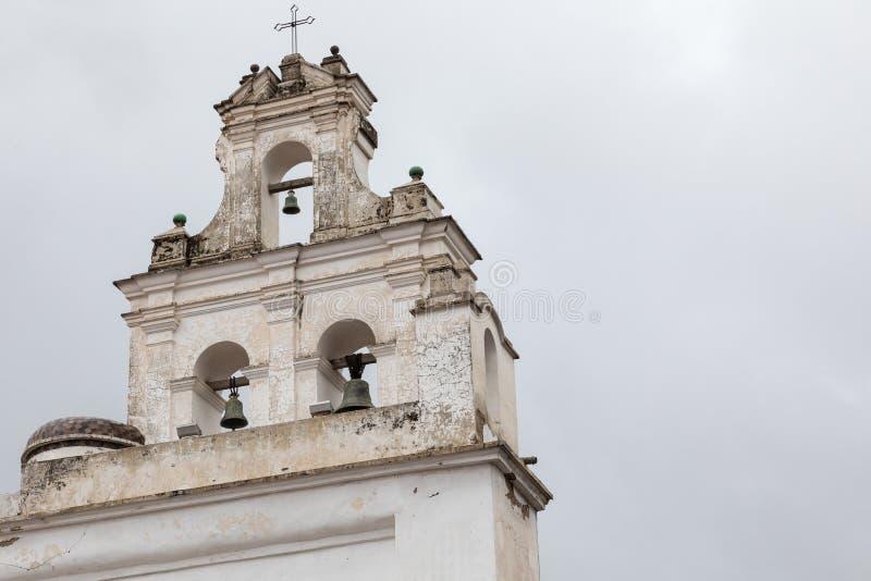 Sucre är den konstitutionella huvudstaden av Bolivia Traditionell colo arkivbild