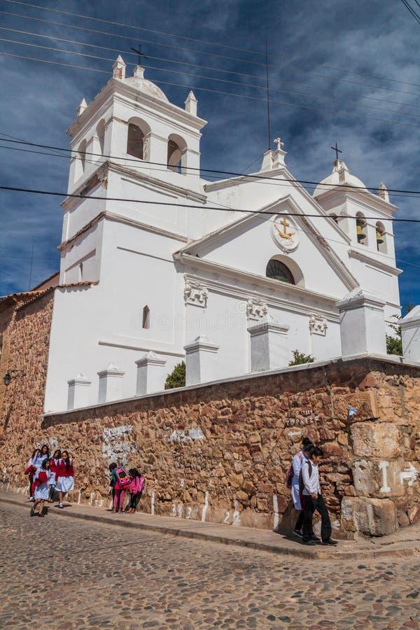 SUCRE, BOLIVIA - 21 DE ABRIL DE 2015: Edificio blanqueado del monestery en Sucre, Boliv de Recoleta del La imágenes de archivo libres de regalías