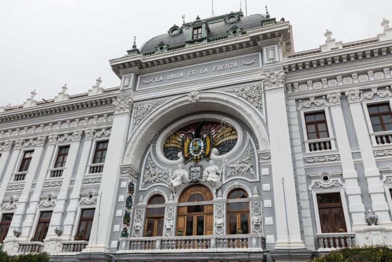SUCRE, BOLIWIA - 8 DE FEBRERO DE 2018: Cargo de Gobernador Pala de Chuquisaca imágenes de archivo libres de regalías