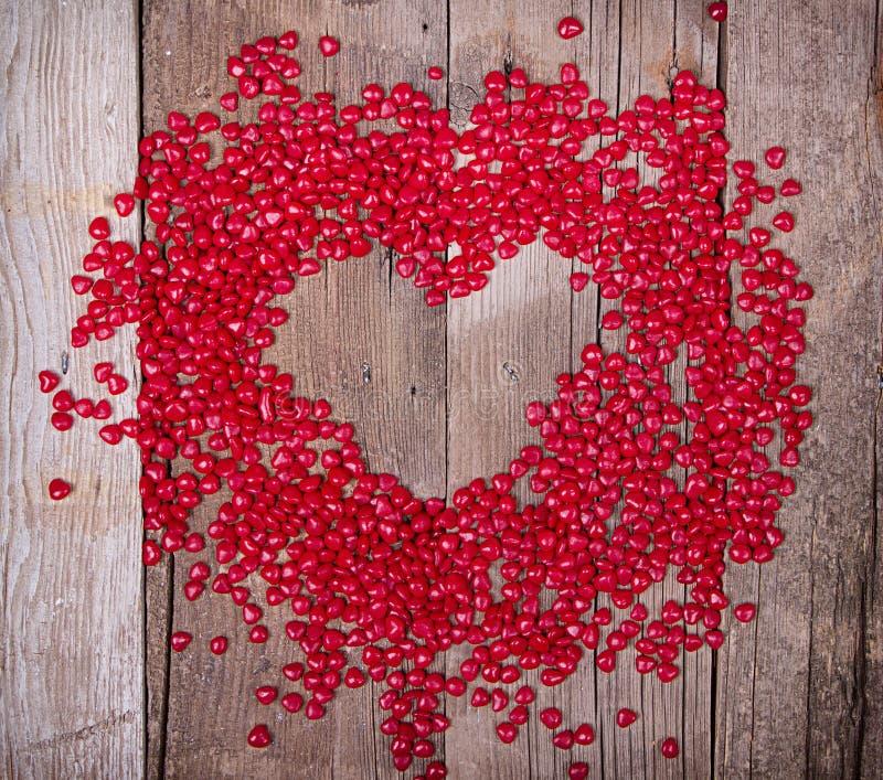Sucrerie en forme de coeur dans la forme du coeur photographie stock libre de droits