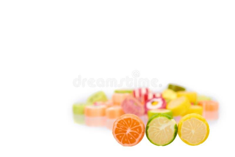 Sucrerie ronde colorée, lucettes de sucre, nourriture douce de dessert photos libres de droits