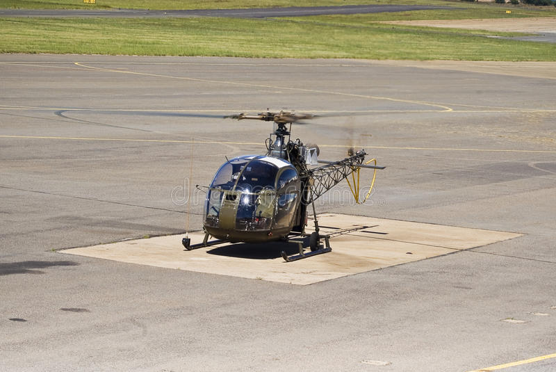 sud för se för flyg ii för alouette 3130 royaltyfri foto