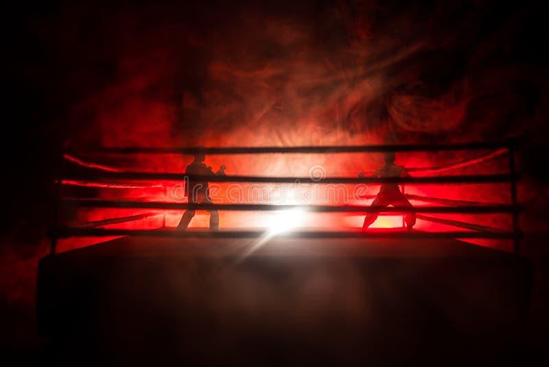 suddighet bakgrund etapp f?r Muttahida- Majlis-E-Amalkampoktogon blandade den extrema sporten f?r cirkeln kampsportkonkurrensturn arkivfoton