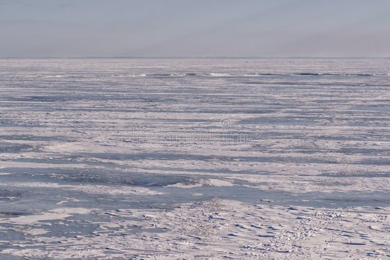 Suddighet för vintersolnedgångbakgrund arkivfoton