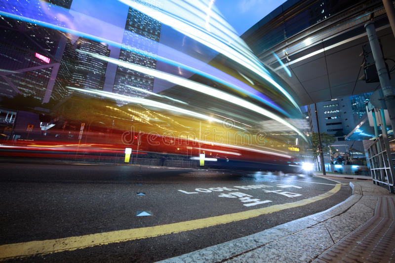 suddighett rusa för bussrörelse royaltyfria bilder