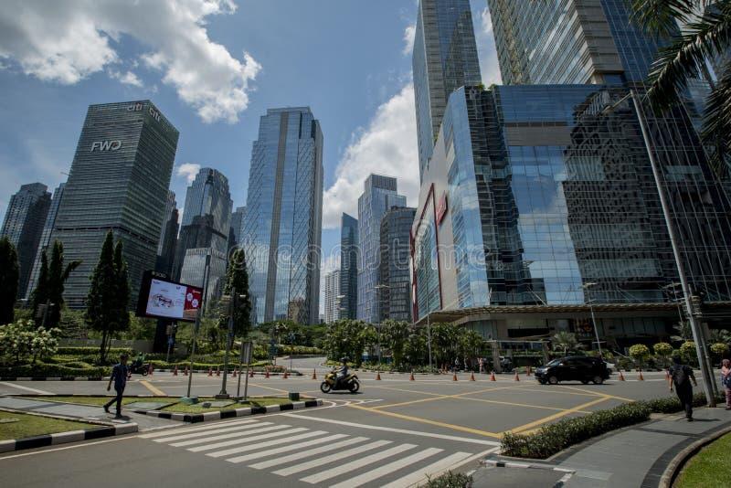 Sudirman is het Centrale Bedrijfsdistrict in Djakarta, Indonesië, leeg tijdens de vakantie stock fotografie