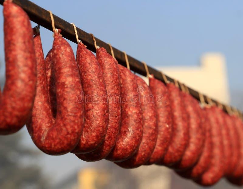 Sudzhuk jest suszącym mięsnym produktem, tradycyjnym dla Bułgarskiej krajowej kuchni obraz stock