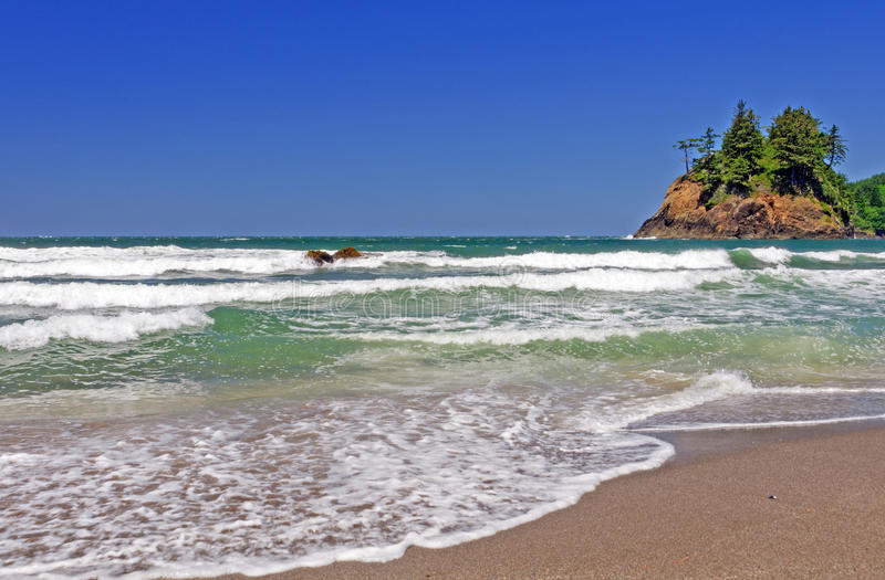 Download Suf And Foam On A Pacific Beach Stock Photo - Image: 26529288