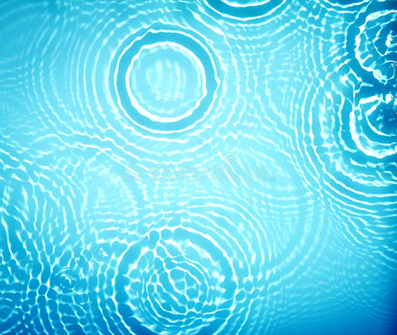 Suface de la onda de la ondulación del agua del círculo imágenes de archivo libres de regalías